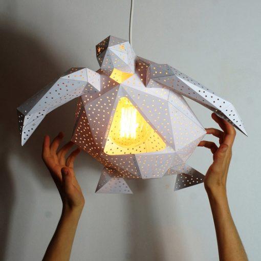 lampe en forme de tortue en papier