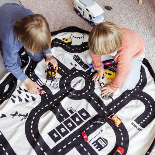 tapis ludique avec route