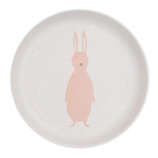 vaisselle avec un lapin